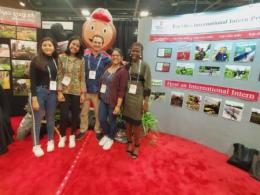 International horticulture interns with their host company, Metrolina Greenhouses, at the ATI & TOP booths.